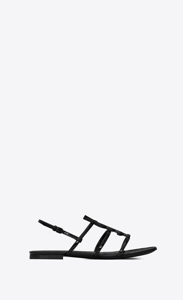 CASSANDRA 漆皮露趾凉鞋