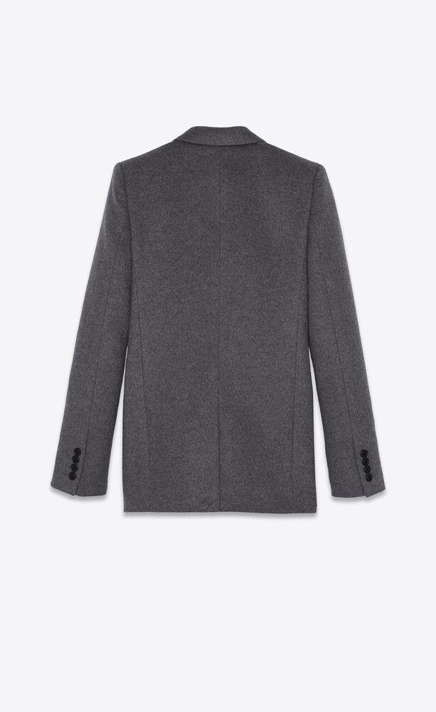 单排扣羊毛和法兰绒夹克