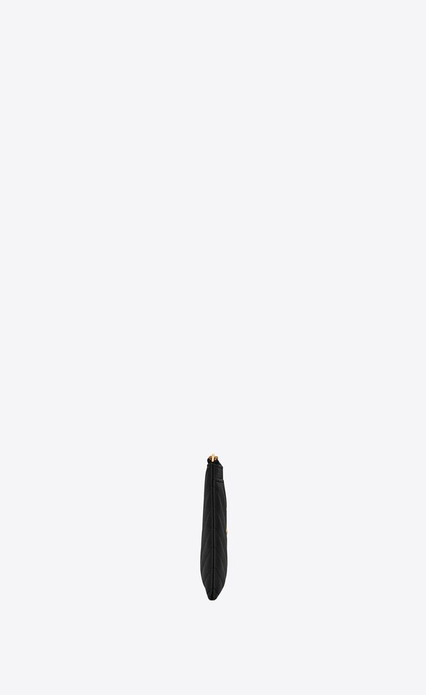 Monogram纹理绗缝皮革手拿包