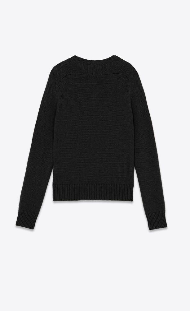 山羊绒毛衫